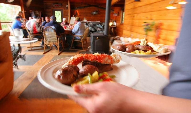 Alaskan fly fishing lodge food